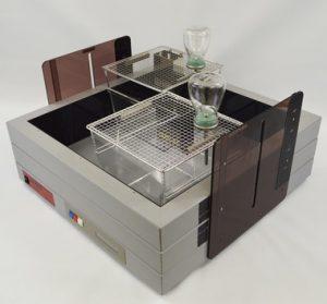 SCANET MV-40に2個体同時計測するための専用ケージ(TWモード用ケージ)を設置